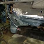 Фото 20 - правый кронштейн рычага и восстановленный моторный щит