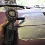 1 Фото 6. Зачищаем металл от старого ЛКП