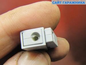 Фото 9 Светильниковая клемма, вид со стороны однаожильного проводника