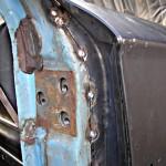 Фото 9 Сварные точки на стойке двери