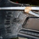 Крепление бампера на малярном стенде